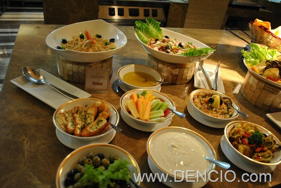 Cafe Ilang Ilang Buffet Manila Hotel 017