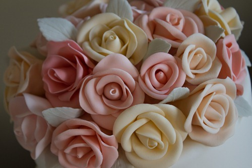 Sugar Rose Wedding Cake-5