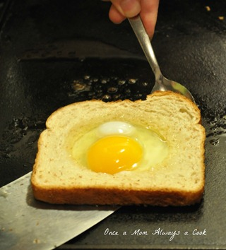Egg in a Hole 3