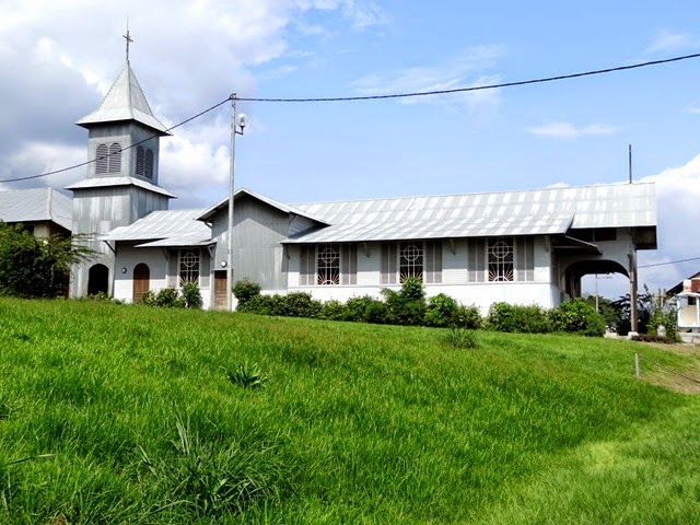 Donguila eglise