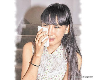 Cammi Tse 謝芷蕙 loses virginity to Edison Chen