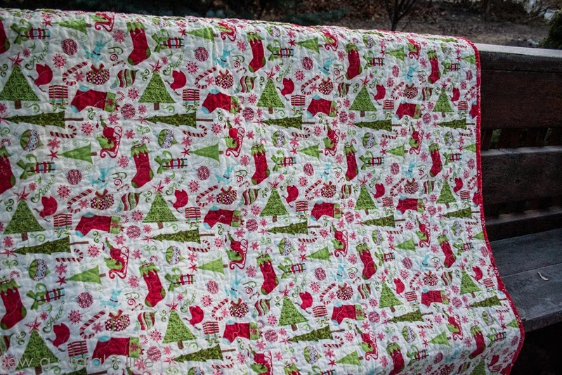 moda 12 days of Christmas quilt step in time sew a straight line-7
