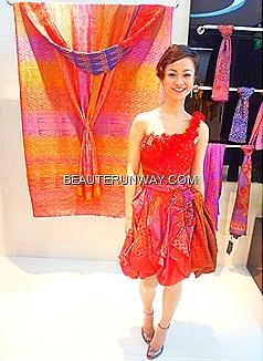 Delphine Darsono,  Alleira Batik Internaional