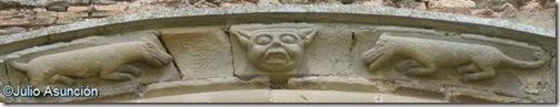 El diablo y perros - San Miguel de Olcoz