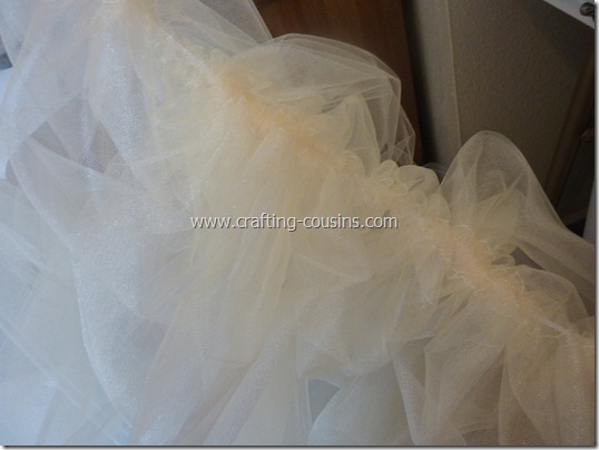 Tulle flower girl dress tutorial from the Crafty Cousins (6)
