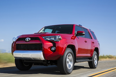 Toyota Gives 2014 4Runner SUV a Styling Massage