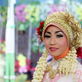 sekali2 motret manten ora kinjeng terus... by Doel Klimiz - Wedding Other