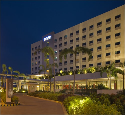 Hotel Facade: 1st Park Inn by Radisson Opens in the Philippines