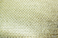 Tkanina meblowa z metalicznym efektem. Złota, kremowa.