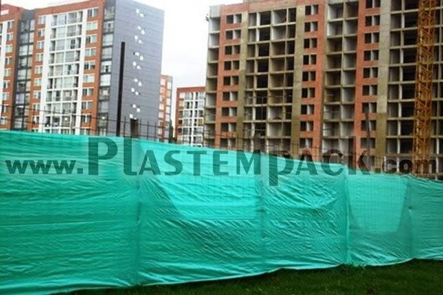 Tela verde para cerramiento materiales para la for Malla de construccion