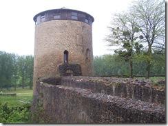 2013.05.18-011 tour du château