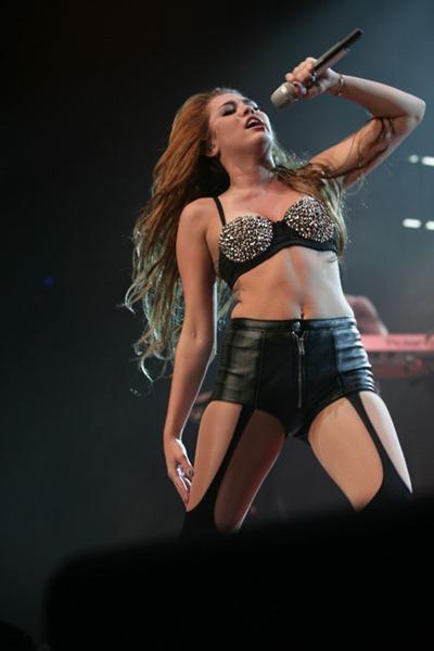 Miley Cyrus 11