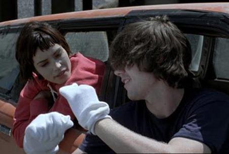Wristcutters-11-Shannyn_Sossamon-Patrick_Fugit
