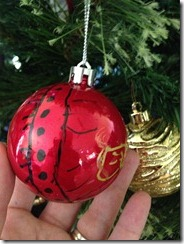 decorating baubles