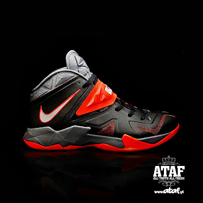 nike zoom soldier 7 gr black grey red 1 02 Nike Zoom Soldier VII   Miami Heat Away   Available Now