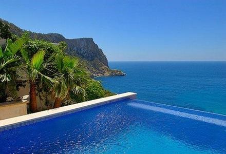 piscina-vista-al-mar-revestimiento-piscina