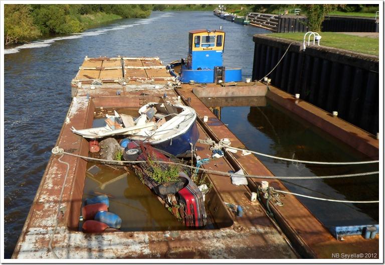 SAM_2675 Barges
