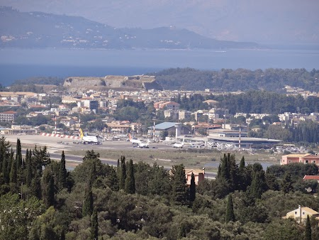 29. Aeroportul din Corfu.JPG