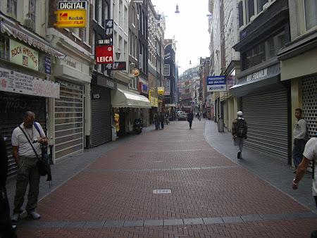 Rokin - strada de shopping Amsterdam