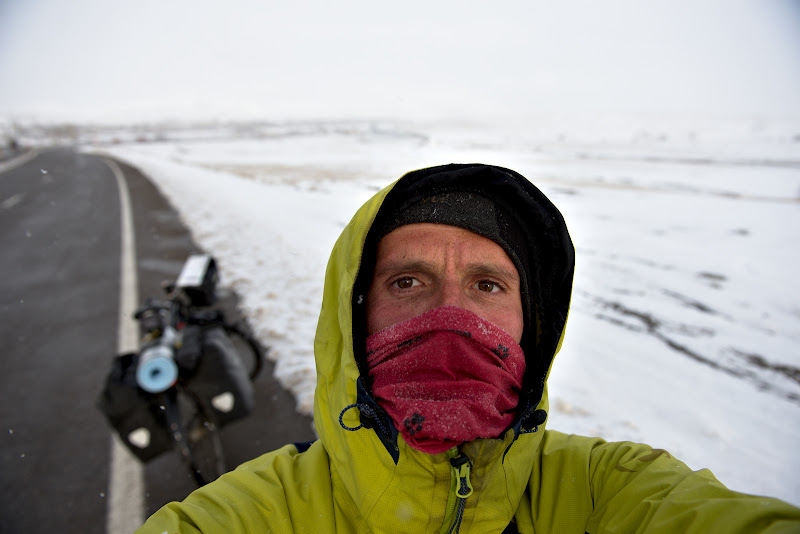 Din nou pedaland prin iarna.