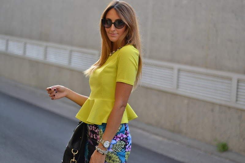 Milano fashion Week, Primark Peplum Top, Primark Top, Primark Skirt, H&M Sandals, Givenchy, Givenchy Bag, Peplum, Street Style, Laura Biagiotti, Fashion show