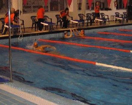 piscina-cubierta-panel-solar