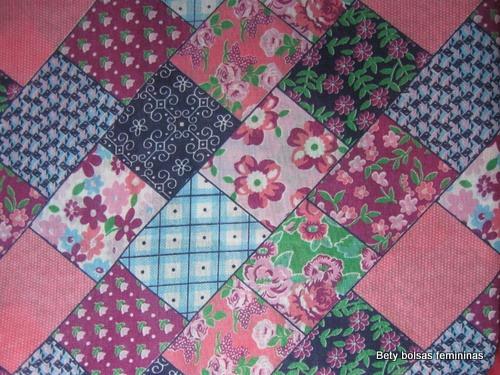 TE16-tecido-estampa-floral-patchwork-medio-lilas