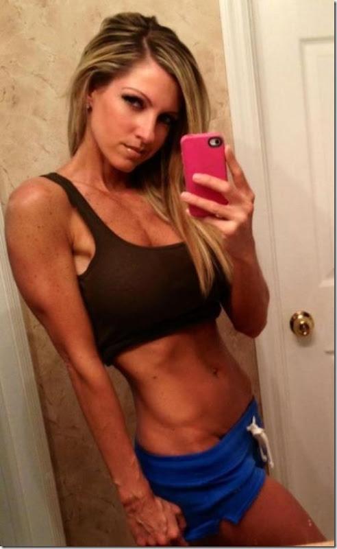 sexy-girls-sports-bras-4