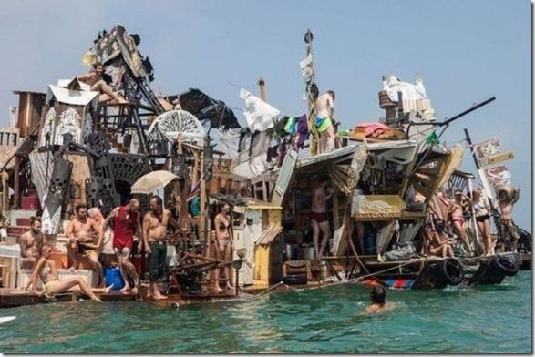 garbage-raft-europe-3