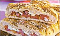 Pão de salsicha e requeijão