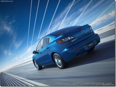 Mazda 3 Sedan5