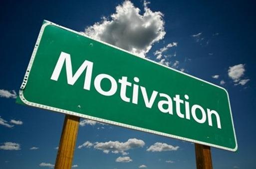 cinta itu bisa dijadikan motivasi utama untuk hidup lebih bersemangat agar si Dya bangga dengan kita