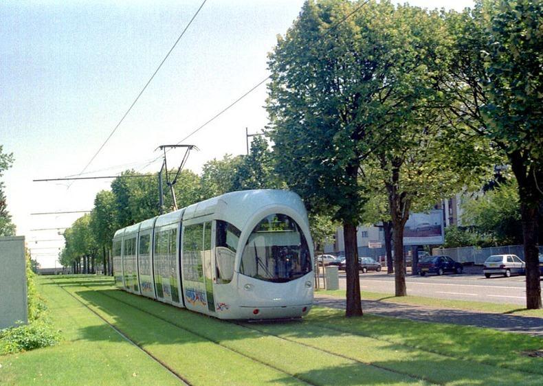 grass-tram-tracks-4