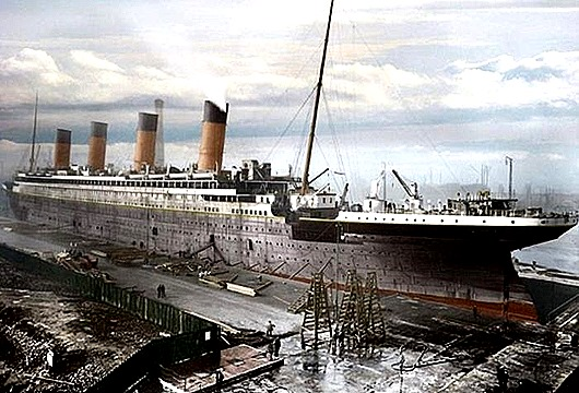 titanik-v-cvete-0-001