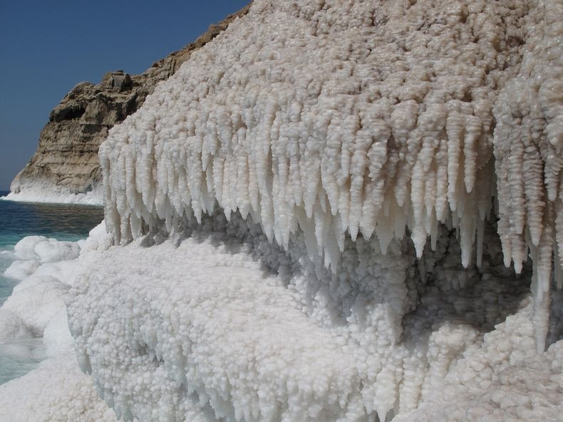dead-sea-salt-crystals-16