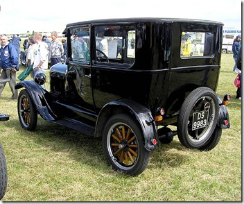 720px-1925.ford.model.t.arp.750pix
