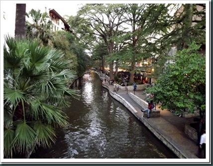 riverwalk8_thumb[2]