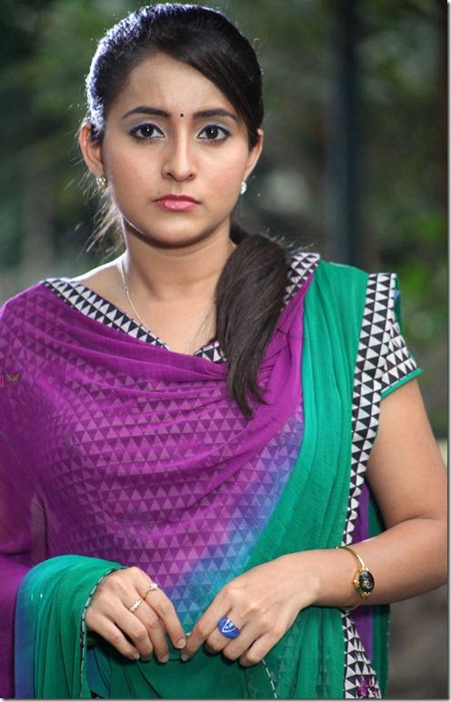 actress_bhama_beautiful_photos
