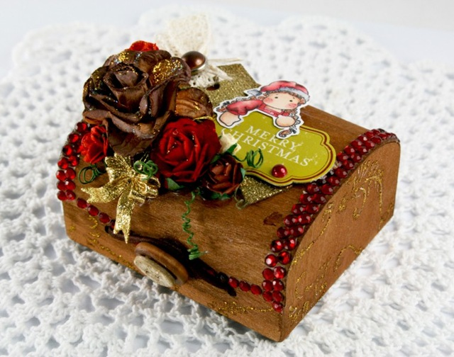 Claudia_Rosa_wooden box_2