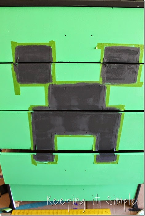 Minecraft Creeper Dresser with DecoArt Chalk Paint (5)