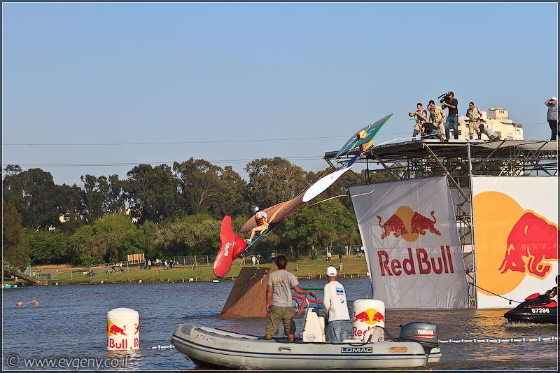 il/RedBull FlugTag 2011 в Тель Авиве   Часть вторая (20110603 ta redbull 235 5352)