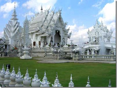 wat-rong-khun-the-white-temple-of-northern-thailand