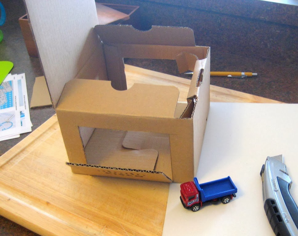 [Cardboard%2520Toy%2520Car%2520Wash%252C%2520Helicopter%2520Pad%252C%2520ATM%252C%2520and%2520Gas%2520Station%2520Pump%2520Valero%252C%2520Chase%2520Bank%25202%255B7%255D.jpg]