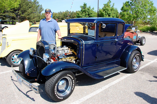 Butch Rohren - 31 Ford Coupe