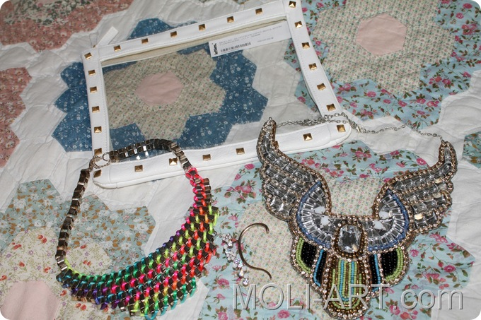 collares-accesorios-clutch-lefties
