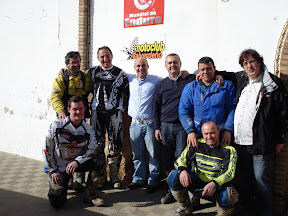 MOTO CLUB PUERTA GRUPO 2.JPG