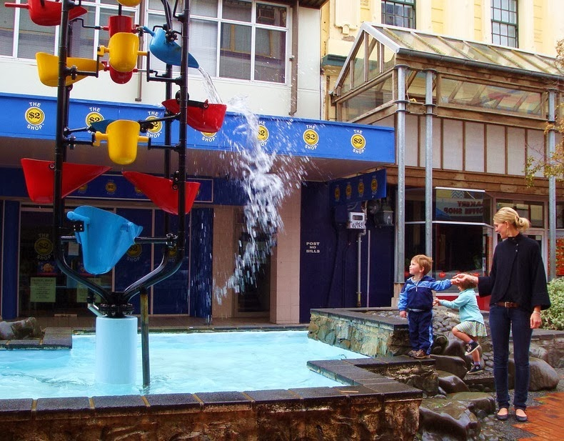 bucket-fountain-2