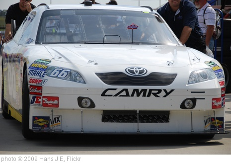 '2009 Pep Boys Auto 500 Sept 6 (34)' photo (c) 2009, Hans J E - license: http://creativecommons.org/licenses/by-sa/2.0/
