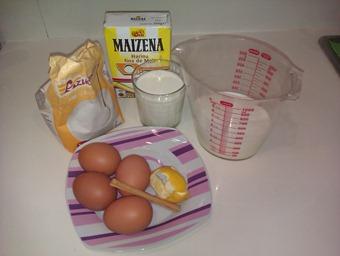 Tarta Rellena De Crema
