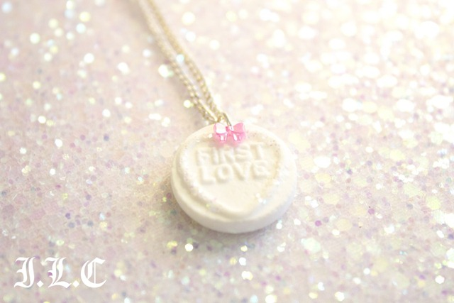 SH white first love necklace 2